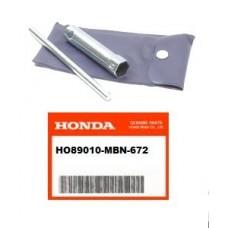 OEM Honda Spark Plug Socket / Bar Kit XR650R (00-07)